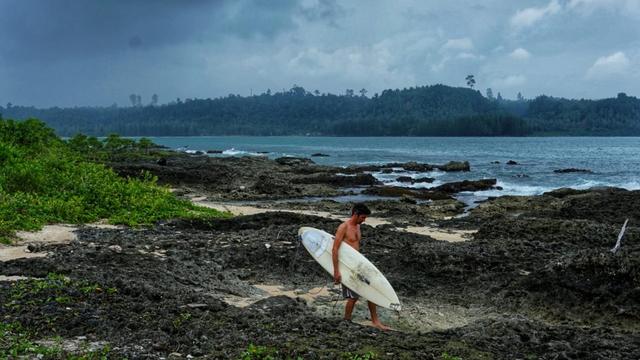 Pulau Simeulue, Surga Para Peselancar (15644)