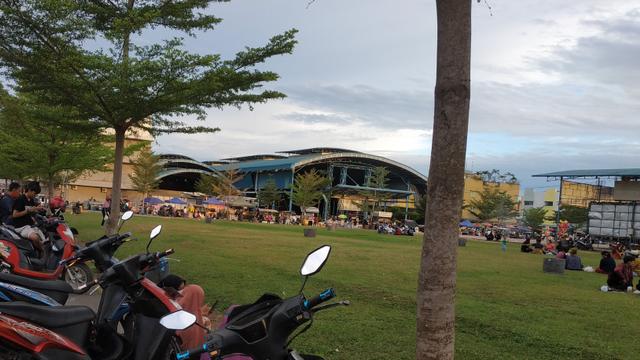 Senja di SP Sagulung, Batam, yang Kembali Bergairah (366097)