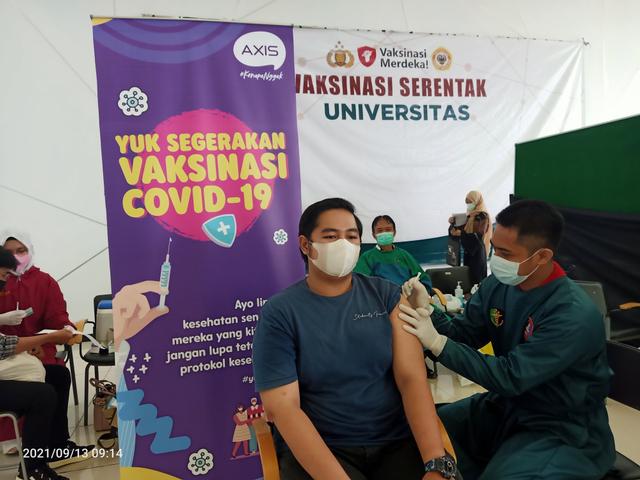 XL Axiata Gelar Vaksinasi, Targetkan Mahasiswa dan Pelajar (420562)