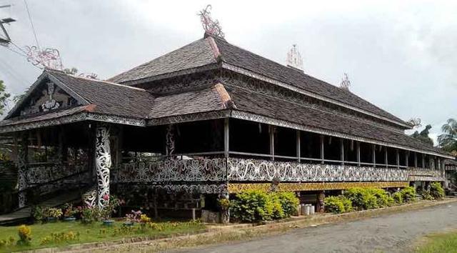 5 Keragaman Rumah Adat di Indonesia Lengkap dengan Penjelasannya (74417)