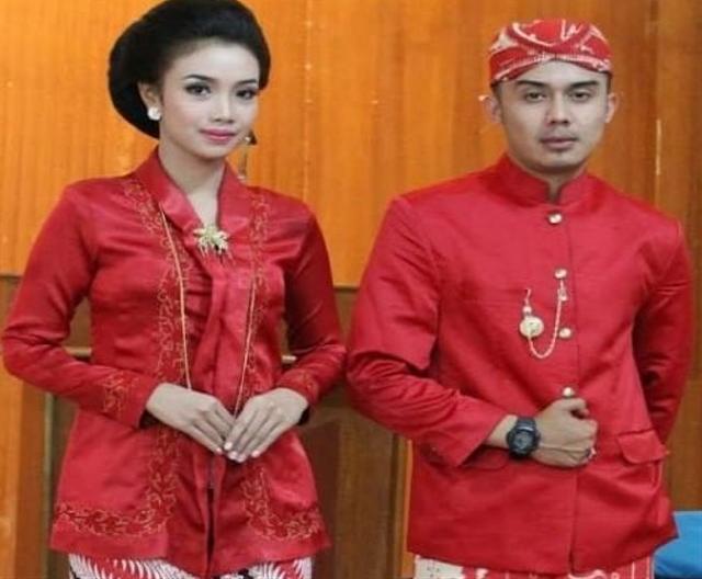 Keunikan Pakaian Adat Jawa Barat dan Aksesoris Pelengkapnya (110159)