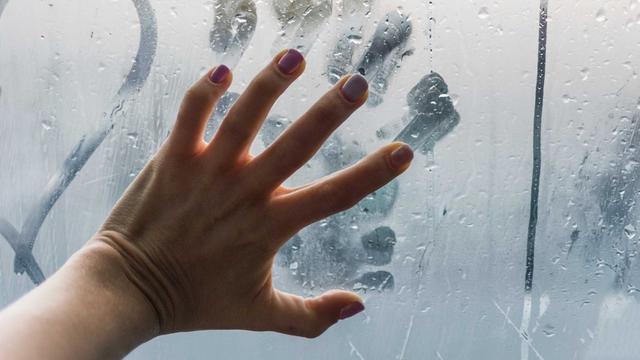 5 Alasan untuk Lebih Sering Bercinta di Musim Hujan (114602)