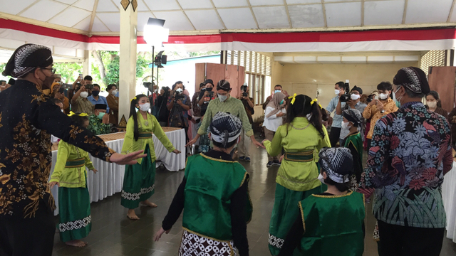 Nadiem Tak Batasi Jumlah Hari maupun Jam Belajar dalam Pembelajaran Tatap Muka (9090)