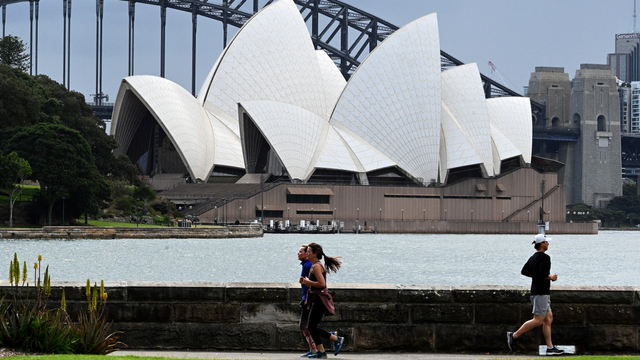 Kabar Corona Dunia: Lockdown Sydney Dilonggarkan; Varian Mu di Malaysia (14672)