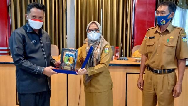 Pemkot Palu-Gorontalo Saling Tukar Informasi Manajemen Pengelolaan Sampah (19763)