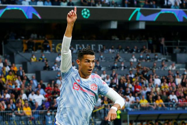 Cristiano Ronaldo Bukan 'Pria Tua' Biasa, Dia Beda Langit (214662)