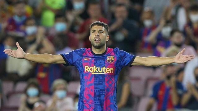 Terungkap! Jordi Alba Dipaksa Tampil saat Barcelona Dihajar Bayern Muenchen (14413)