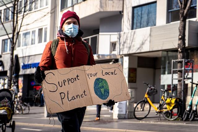 Sikap Peduli Lingkungan yang Perlu Diterapkan Agar Tercipta Kelestarian Alam (113176)