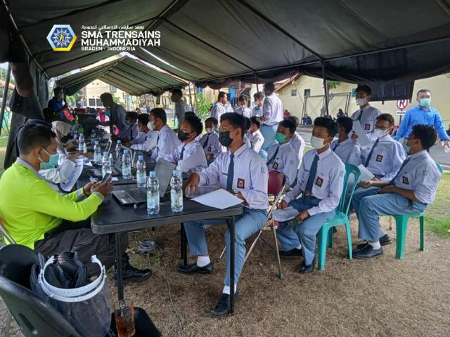 Serius Tangani Kesehatan Siswa, Trensains Gandeng MCCC Laksanakan Vaksinasi  (146419)