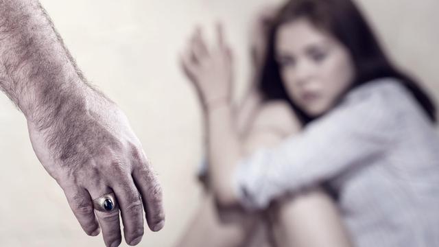 Jika Suami Memaksa Berhubungan Intim apalagi Tak Wajar, Istri Bisa Apa? (13355)
