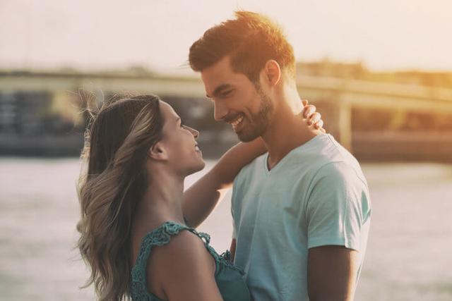 Cara-cara Pintar dan Cerdas Memperkuat Hubungan Percintaan (639666)