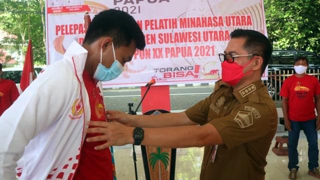 Lepas Atlet ke PON XX Papua, Bupati Minut Janjikan Bonus untuk Peraih Medali (1149445)