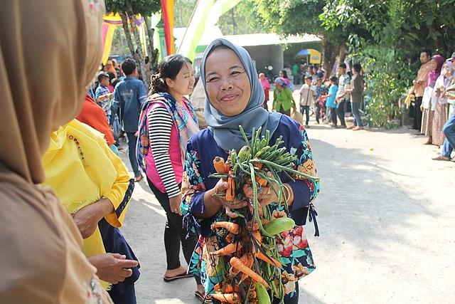 Tradisi Rasulan di Gunung Kidul, Pesonal Kearifan Lokal Indonesia (101177)