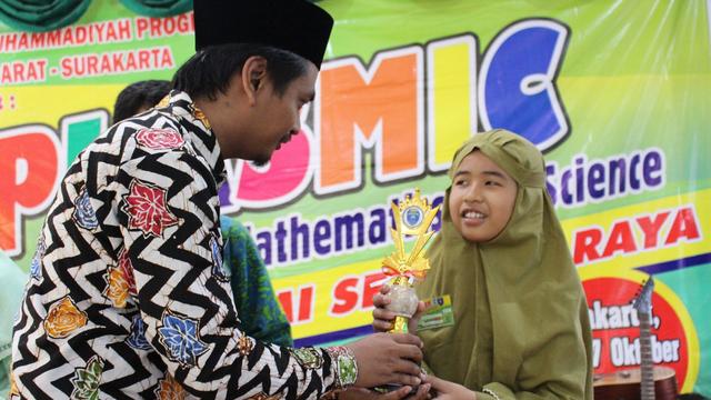 SMP Muhammadiyah PK Gelar Lomba Olimpiade Nasional 2021 (1019135)
