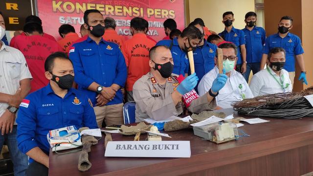 Buron 1 Tahun, 11 Pembunuh dan Pencuri Gading Gajah di Aceh Ditangkap Polisi (658837)