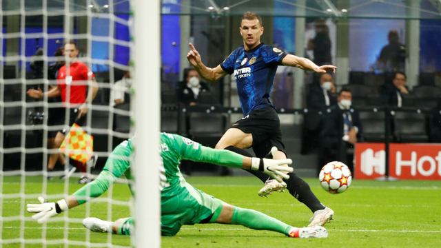 Thibaut Courtois Jadi Pahlawan Real Madrid, Bikin Lini Depan Inter Tumpul (72034)
