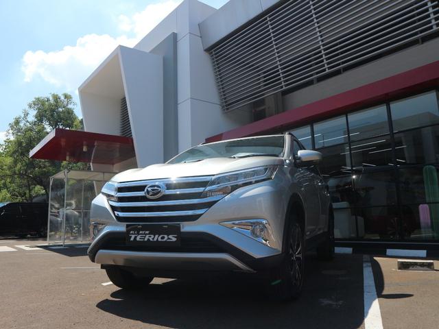Harga Naik Rp 3 Jutaan, Ini yang Baru di Daihatsu Terios Terbaru 2021 (55771)