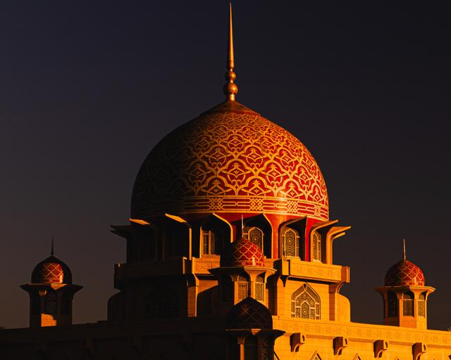Bacaan Doa Keluar Masuk Masjid Sesuai Syariat Islam (233551)