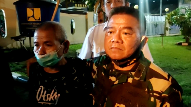Dijemput Brigjen TNI Junior Tumilaar, Ari Tahiru Dibebaskan dari Tahanan  Polisi | kumparan.com