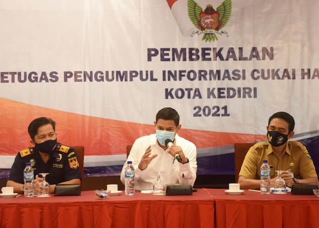 Berantas Peredaran Rokok Polos, Wali Kota Kediri Libatkan Peran Kelurahan (42202)