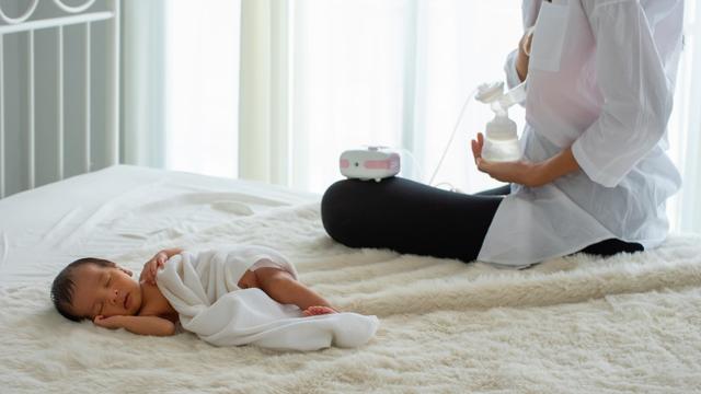 Yang Perlu Dipertimbangkan Sebelum Beri Bayi ASI dengan Metode Eping (59703)