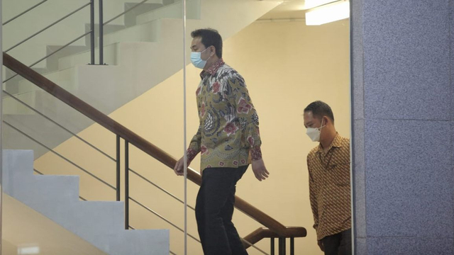 BREAKING NEWS: KPK Tangkap Azis Syamsuddin