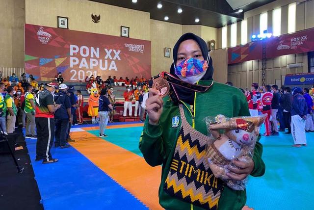 Mahasiswi Untag Surabaya Sumbang Medali Perunggu untuk Jatim di PON XX Papua (108369)