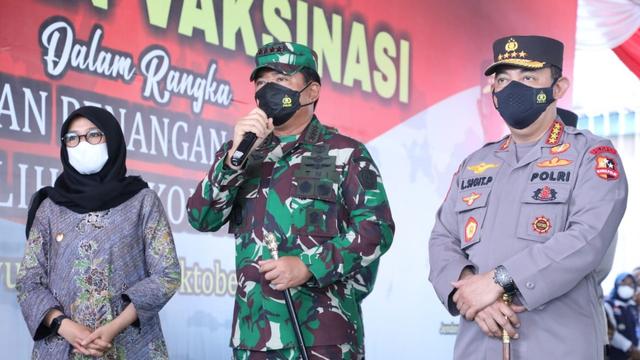 Panglima TNI: COVID-19 Sudah Turun, Kita Patut Bersyukur tapi Tetap Waspada (53376)