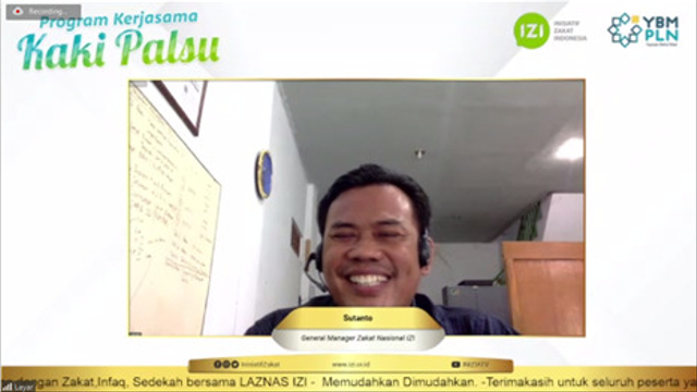 Bantuan Kaki Palsu untuk Difabel dari YBM PLN UID Banten dan IZI Banten (56475)
