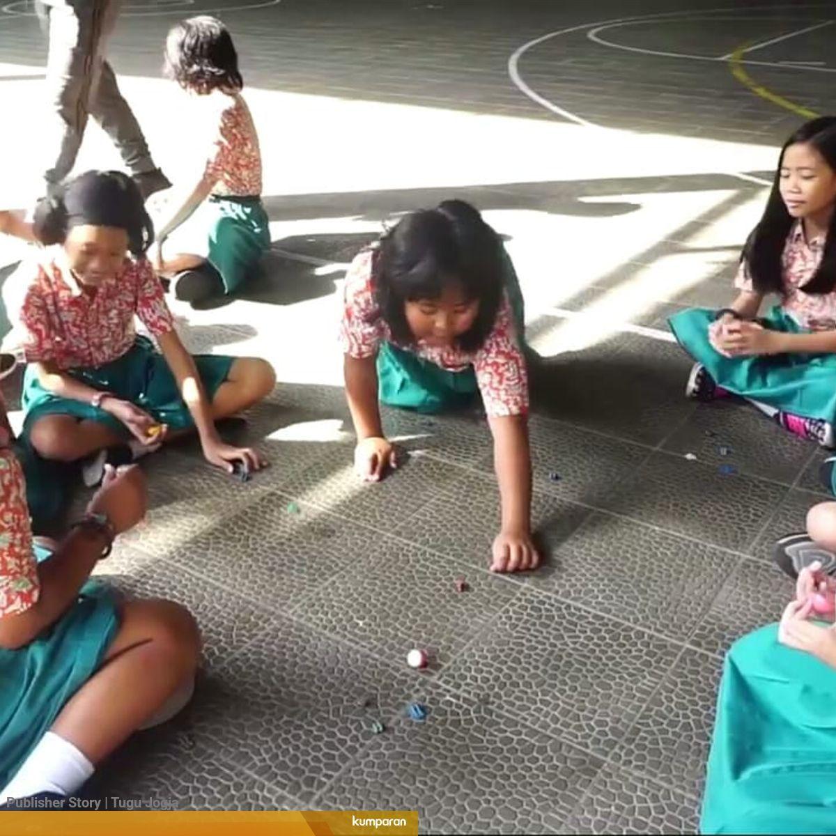 Permainan Tradisional Dapat Melatih Perkembangan Anak Kumparan Com