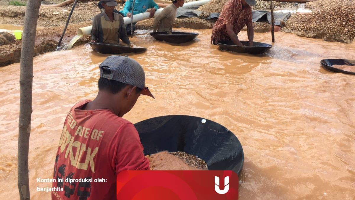 Adu Nasib Para Pendulang Intan Di Kecamatan Cempaka Kumparan Com