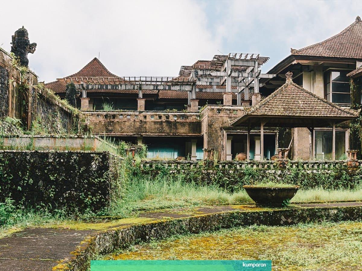 Kisah Ghost Palace Hotel Salah Satu Tempat Paling Berhantu Di Bali Kumparan Com