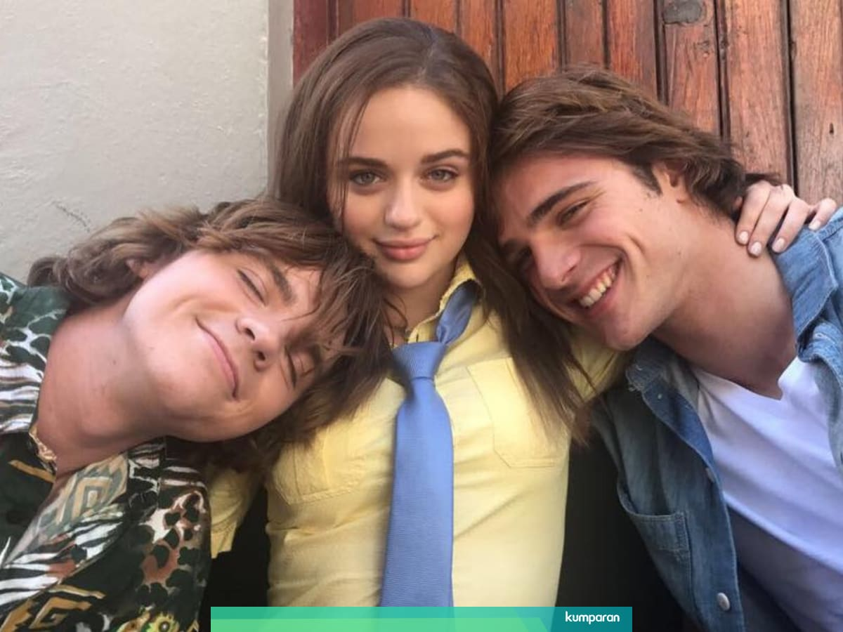 View The Kissing Booth 2 Full Movie Free Download With English Subtitles Background