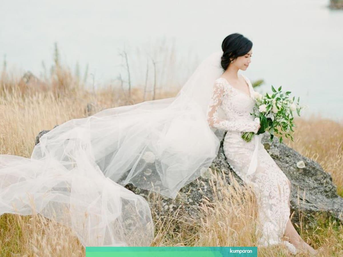 Berapa Jarak Waktu Ideal untuk Membuat Gaun Pengantin? - kumparan.com