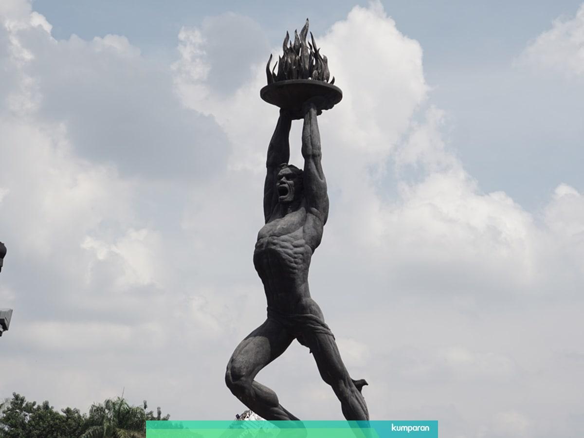 Gambar Monumen Sumpah Pemuda Melihat Patung Pemuda Simbol Semangat Masa Depan Indonesia Kumparan Com