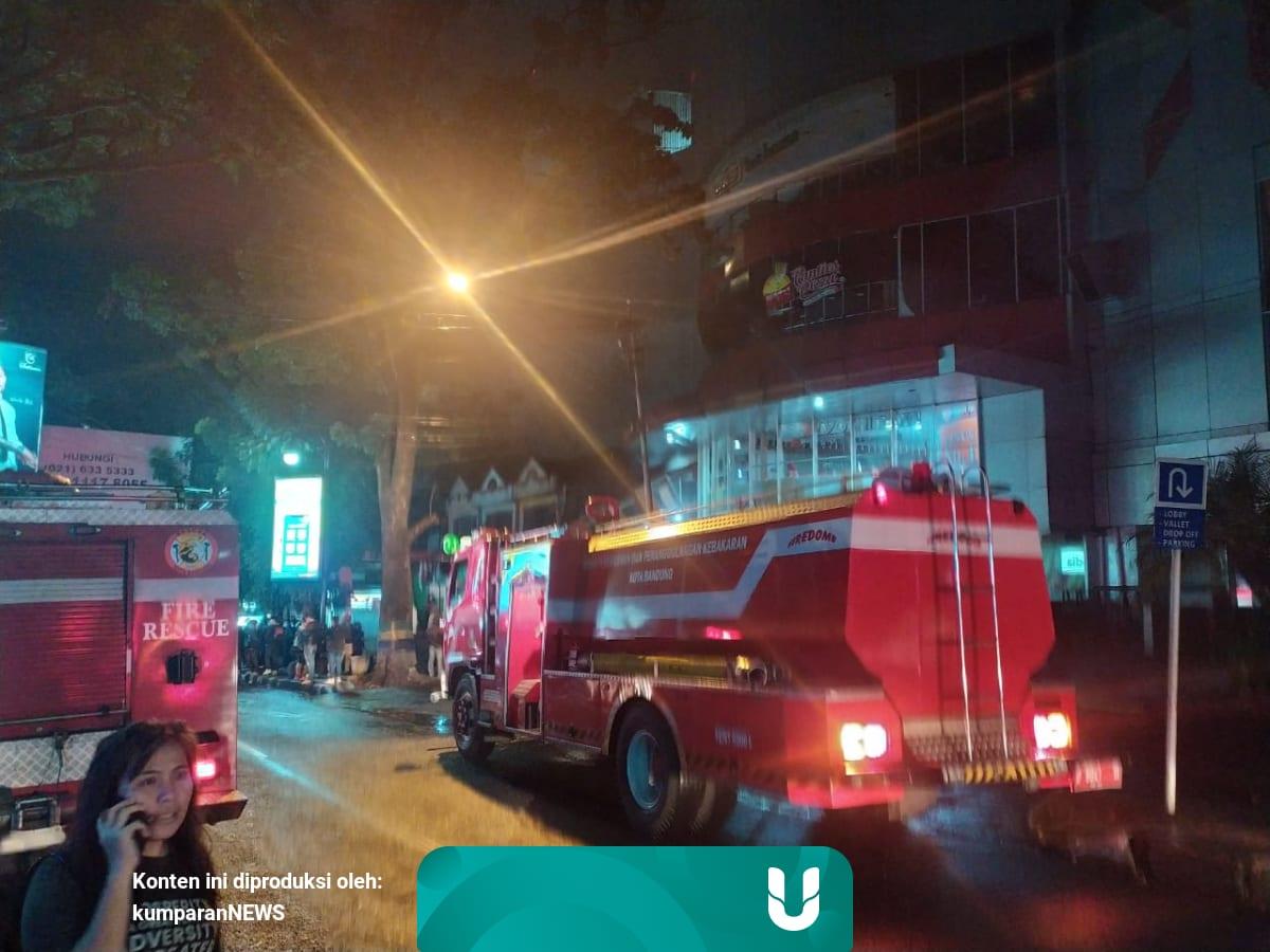 Sumber Kebakaran Bec Mall Bandung Diduga Dari Genset Di Basement Kumparan Com