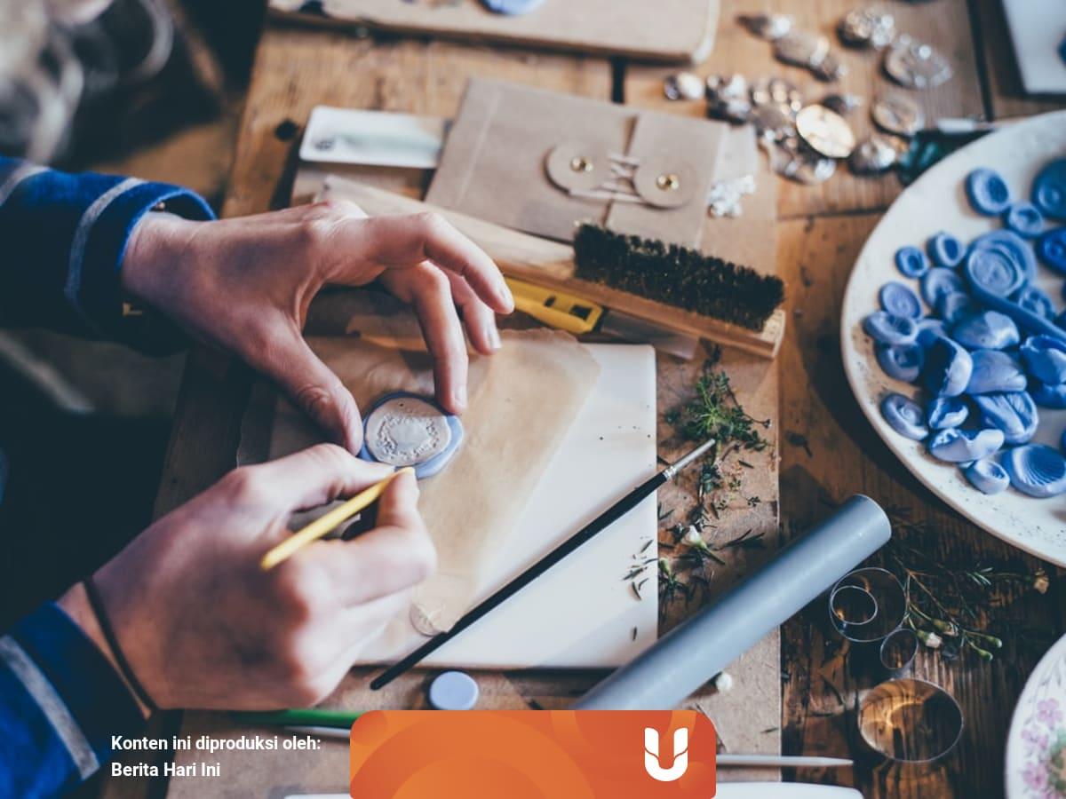 4 Contoh Kerajinan Bahan Limbah Yang Kreatif Dan Berguna Kumparan Com