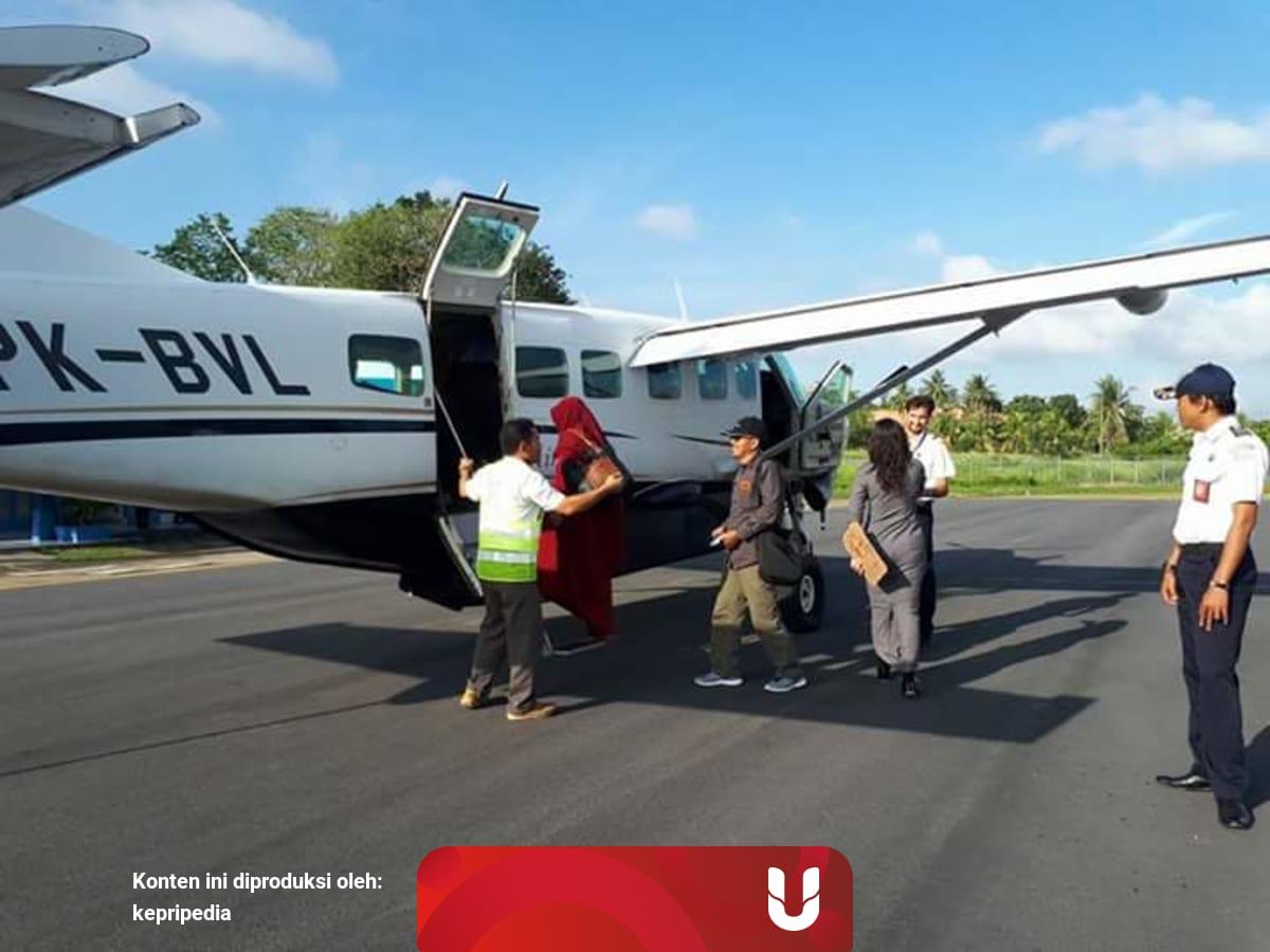 Kepala Bandara Rha Jajaki Penerbangan Karimun Batam Kumparan Com