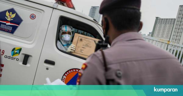 Viral Antrean Panjang Ambulans Masuk ke Wisma Atle