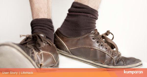 5 Tips Hindari Penularan Virus Corona Lewat Sepatu