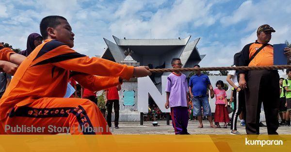 Foto Bernostalgia Di Festival Permainan Tradisional Anak Palembang Kumparan Com