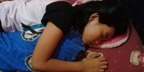 Echa tertidur lelap