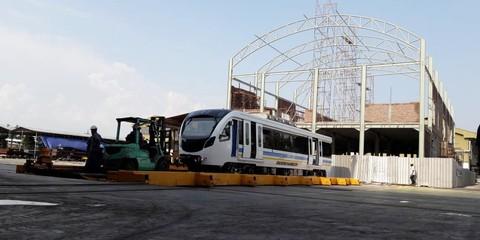 PT INKA (Persero) Mulai Kirimkan LRT ke Sumsel