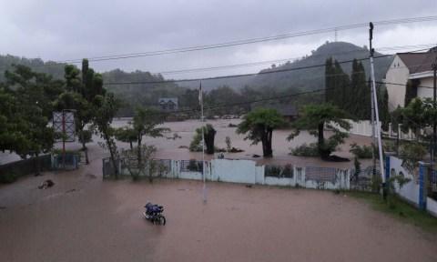 Banjir di Bima 1