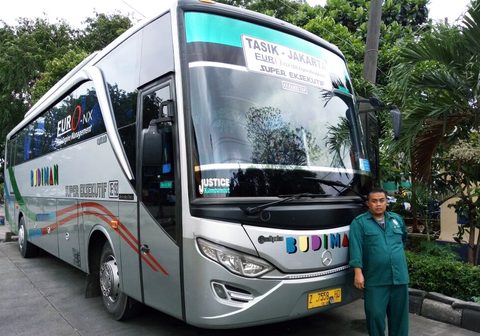 Supir Bus Telolet