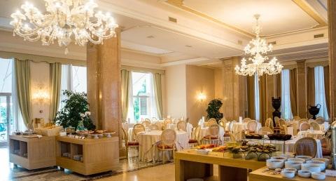 Ilustrasi Hotel Mewah