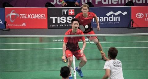 Atlet bulutangkis Indonesia, Fajar Alfian dan Muhammad Rian Ardianto melawan Atlet bulutangkis Indonesia, Marcus Gideon dan Kevin Sanjaya pada laga final ganda putra