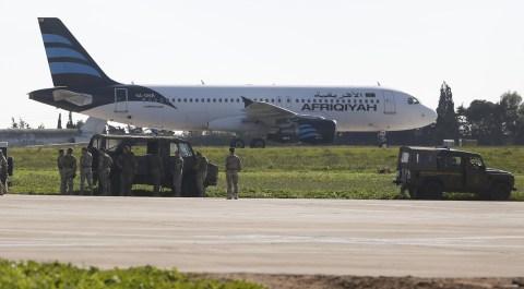 Pesawat maskapai Libya, Afriqiyah Airlines, dibajak