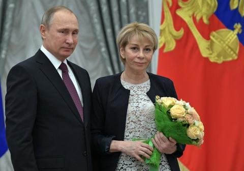 Presiden Putin dan Yelizaveta Glinka