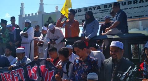 Unjuk Rasa Berantas Waria di Aceh